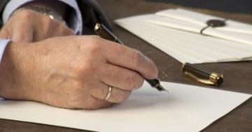 Unterschreiben Sie nur seriöse Verträge!