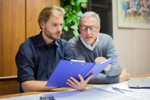 Lassen Sie sich umfangreich über einen Kredit als Rentner beraten!