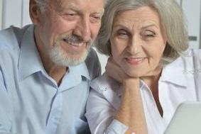 Das Internet bietet Rentnern viel Möglichkeiten